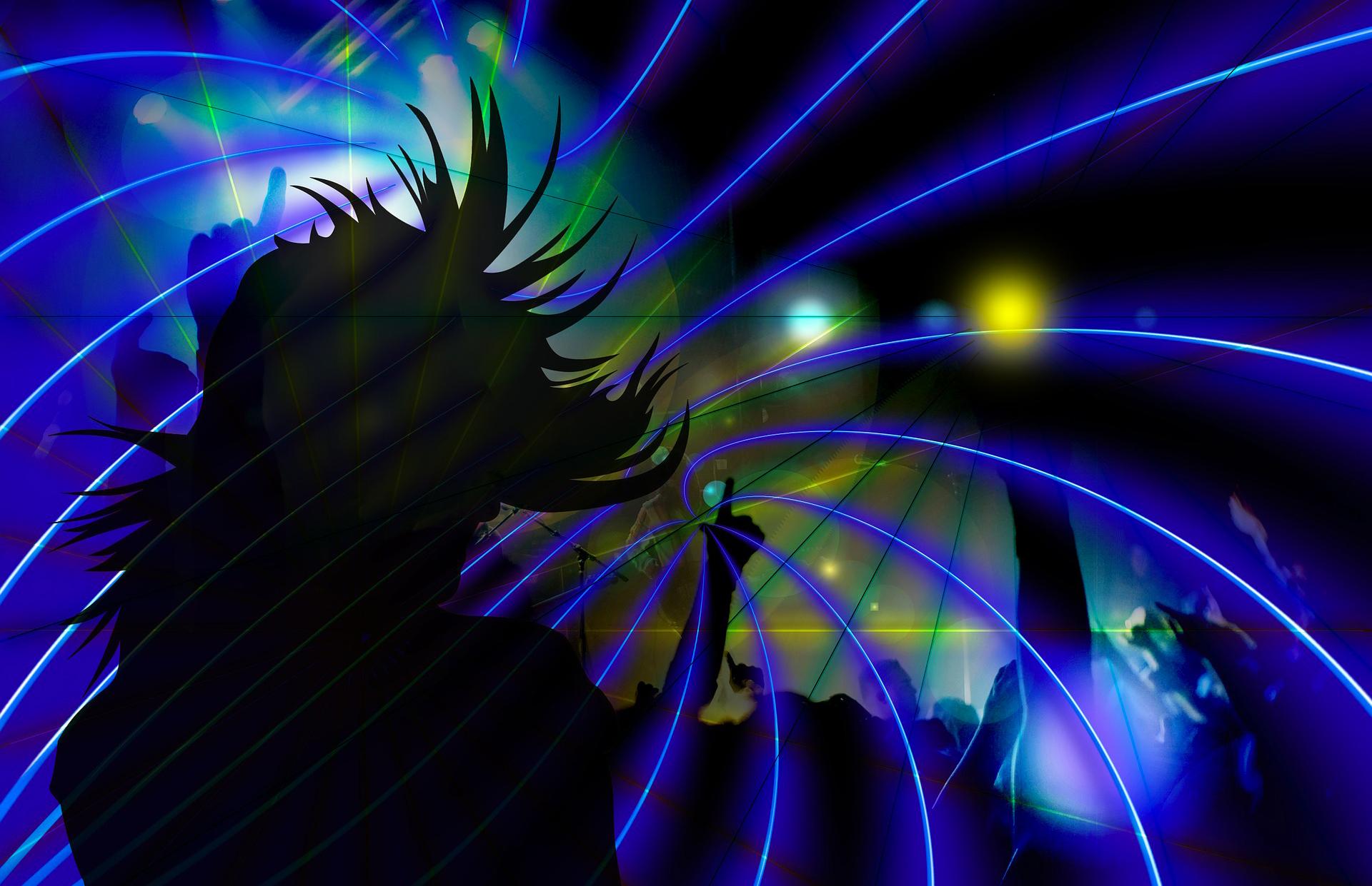 silhouette-592529_1920